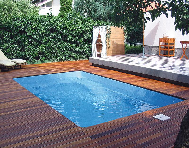 Керамо-композитный бассейн простой формы