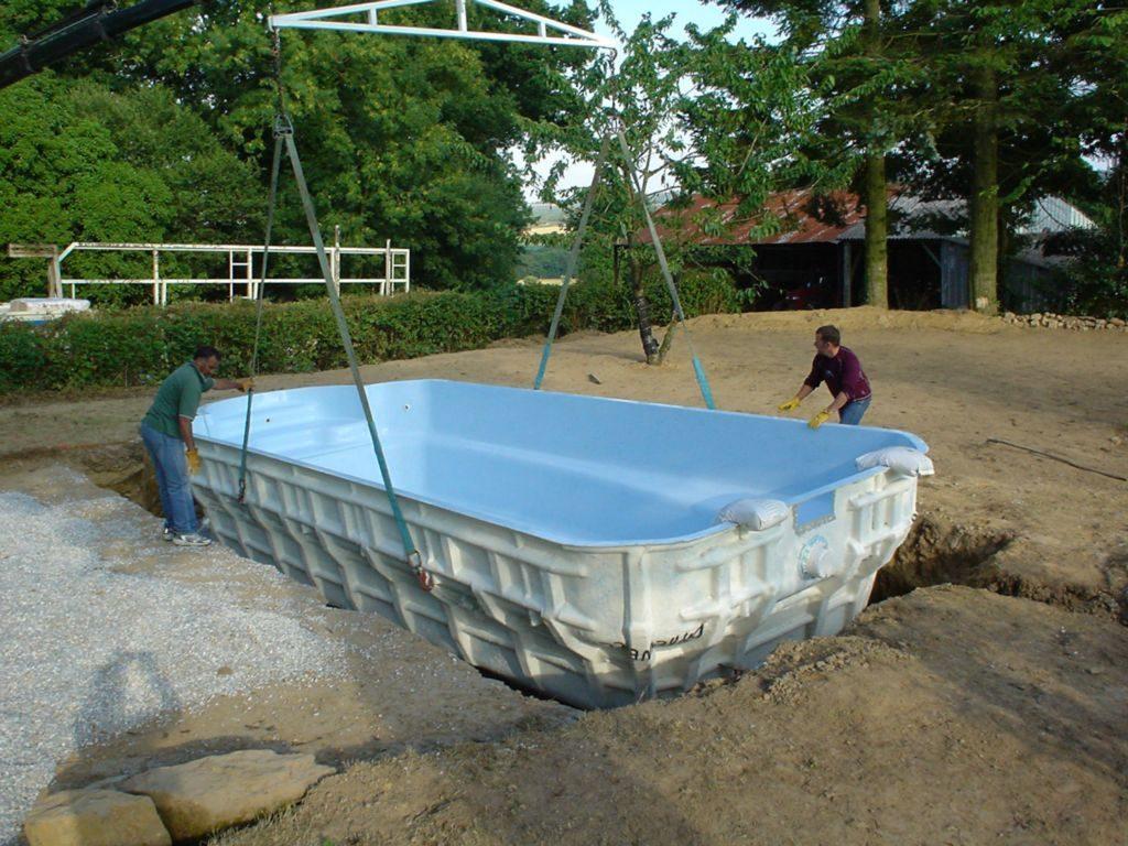 Строительство бассейнов из стекловолокна, стеклопластика, акрила. Стеклопластиковые бассейны