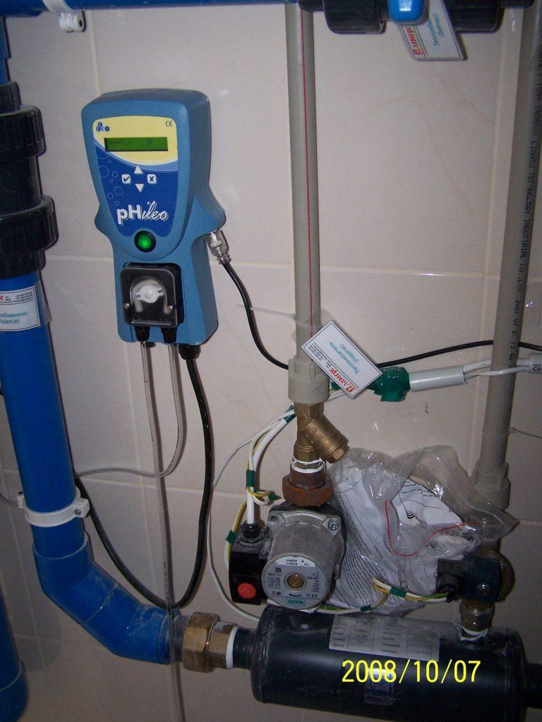 Пост контроля химического pH-баланса воды в бассейновой чаше