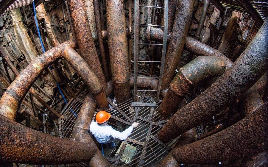 В крупный проектах фонтанов одна лишь насосная станция с разводкой труб требует много места – и в ширину, и в глубину